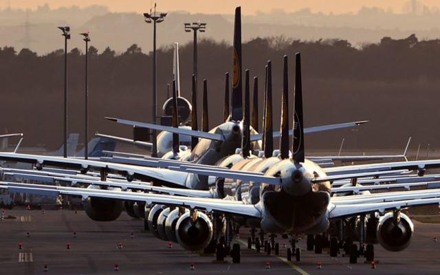 الصورة: 60 دولة تغلق حدودها بالكامل أمام الرحلات الجوية منها 11 عربية