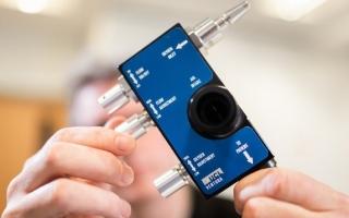 الصورة: مرسيدس تطور جهاز تنفس لمساعدة مرضى كورونا