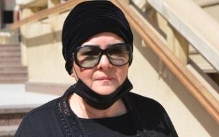 الصورة: نقل دلال عبد العزيز من مستشفى خاص إلى حكومي