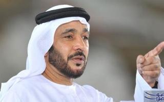 الصورة: محمد حماد مشرفاً على منتخب الإمارات الأول
