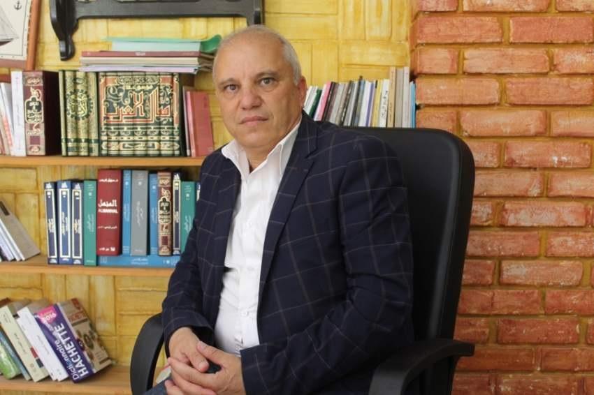 محمد آيت ميهوب.