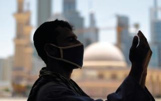 الصورة: السؤال الشاغل لمتابعي «الإمارات اليوم»: متى ستعود الحياة إلى طبيعتها