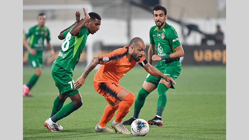 عجمان متضرر من موعد استئناف الدوري في أغسطس المقبل. ■  الإمارات اليوم
