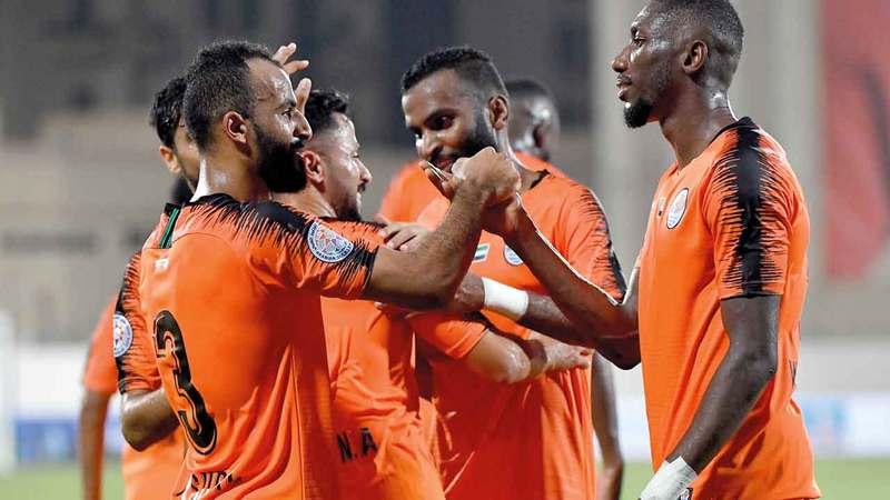 عجمان لم يكشف عن النسبة وأكد استجابة اللاعبين بسرعة لطلب تخفيض رواتبهم.  تصوير: أسامة أبوغانم