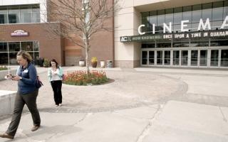 الصورة: «كوفيد-19» يفرض قتامة وغموضاً على مستقبل السينما
