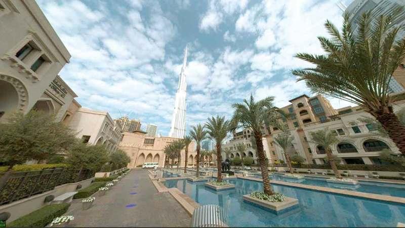 التصوير تم بسيارة المسح الجيومكاني الخاصة ببلدية دبي.  من المصدر