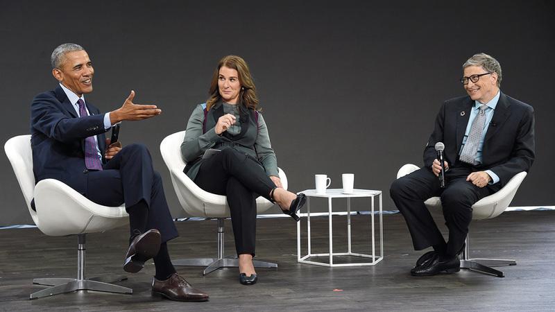 غيتس وأوباما تفاهما على أهمية رصد مبالغ للأبحاث والاستعداد لاحتمال التعرض لفيروس مستقبلاً. غيتي