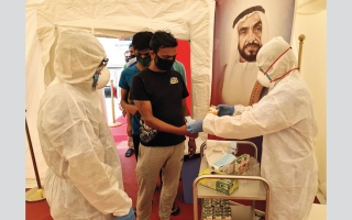 الصورة: أطباء الإمارات يزيدون الطاقة الاستيعابية للمستشفى الميداني المتنقل