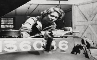 الصورة: صور نادرة للملكة اليزابيت.. الوحيدة من بين قادة الحرب العالمية الثانية الذين ما زالوا على قيد الحياة