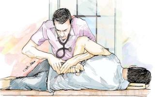 الصورة: «دبي للاستثمار» تتكفل بعلاج «أحمد» من التصلب اللويحي