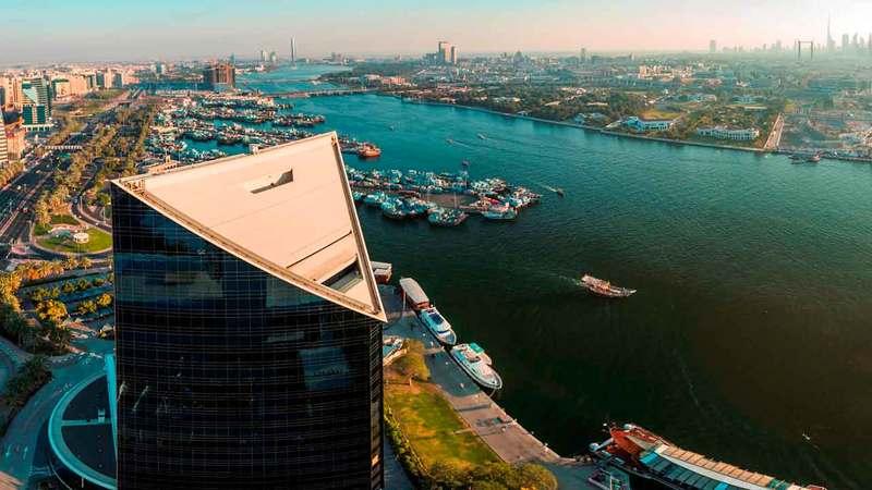 غرفة دبي تعمل مع الحكومة والجهات كافة كفريق واحد لمواجهة تحديات المرحلة الحالية. من المصدر