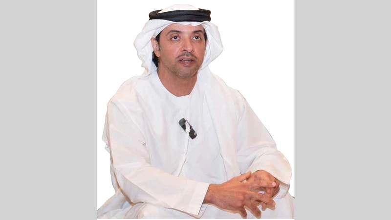 هزاع بن زايد: «خلال أزمة (كورونا) نفتخر بالدور الكبير الذي تقوم به الإمارات، لتعزيز قيم العمل الإنساني».
