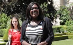 الصورة: نائبة فرنسية مكلفة بمكافحة خطاب الكراهية متهمة بالعنصرية والبلطجة