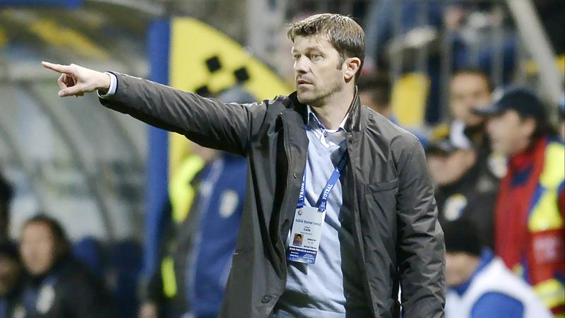 المدرب الجديد لبني ياس دانيال إيسايلا. من المصدر