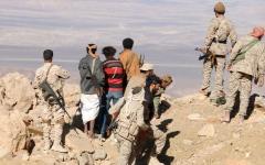 الصورة: الجيش اليمني يسيطر على 4 تباب وجبل استراتيجي في ميسرة نهم بصنعاء