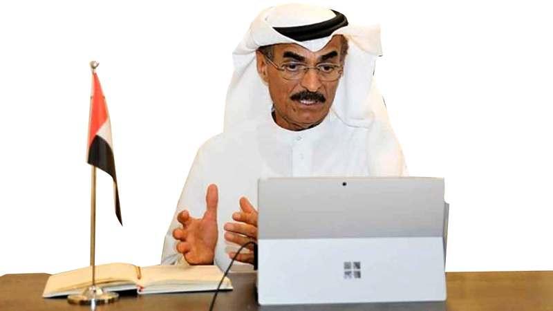 عبدالله بلحيف النعيمي: «حكومة الإمارات تصرفت بشكل استباقي قبل اعتبار الفيروس جائحة عالمية».