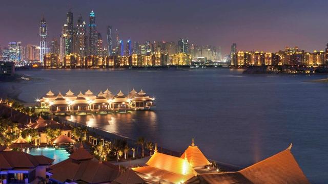 متحدث باسم  دبي للسياحة  ينفي ما بثته  بلومبرغ  من مزاعم حول مستقبل القطاع الفندقي في دبي - اقتصاد - محلي - الإمارات اليوم