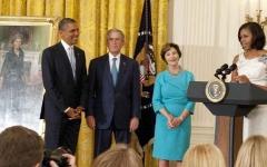 الصورة: ترامب يرفض دعوة أوباما إلى البيت الأبيض لحفل تعليق الصورة التقليدي