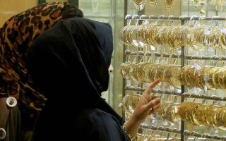الصورة: ارتفاع الذهب يحفز متعاملين على بيع «المستعمل»