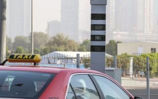 الصورة: شرطة دبي تعدل عمل الرادارات وتحذر من هذه المخالفات بعد استئناف النشاط الاقتصادي