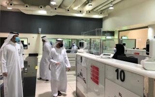 الصورة: اللواء المري يؤكد على استمرارية تقديم الخدمات بفاعلية في مطار دبي