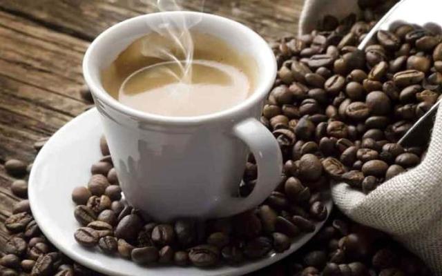 الصورة: 6 إشارات يقدمها الجسم عند التوقف عن شرب القهوة