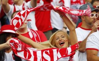 """الصورة: بولندا تفتح الملاعب أمام الجماهير """"جزئياً"""""""