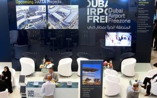 الصورة: «دبي بلينك» يدعم ويطور سلال الإمداد العالمية إلكترونياً