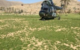 الصورة: إنقاذ 3 مواطنين مصابين في قمة جبل برأس الخيمة