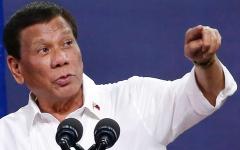 الصورة: لغة الرئيس الفلبيني «المحرّضة» تفاقم انتهاكات حقوق الإنسان