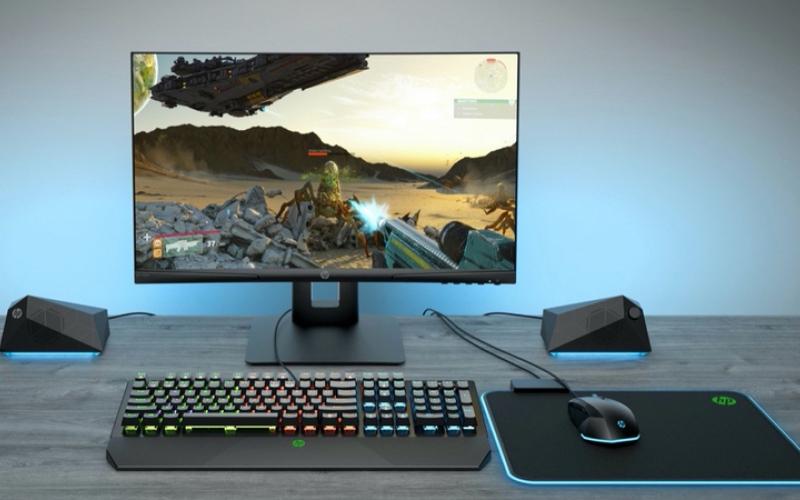 الصورة: «إتش بي» تكشف عن شاشة منحنية لعشاق الألعاب