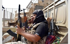 الصورة: تدمير تعزيزات «حوثية» بينها راجمات صواريخ في مأرب وصعدة