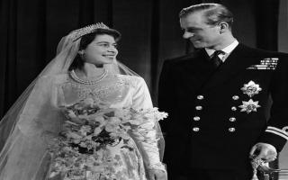الصورة: في ذكرى ميلاده الـ 99.. الأمير فيليب وزوجته الملكة اليزابيت ما بين الماضي والحاضر