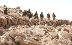 الصورة: الجيش اليمني يحقق انتصارات نوعية في «بوابة العاصمة صنعاء»