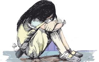 الصورة: عامل يستدرج طفلة عبر «إنستغرام» لعلاقة غرامية