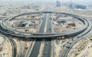 الصورة: شبكة طرق دبي .. لوحات فنية وهندسية