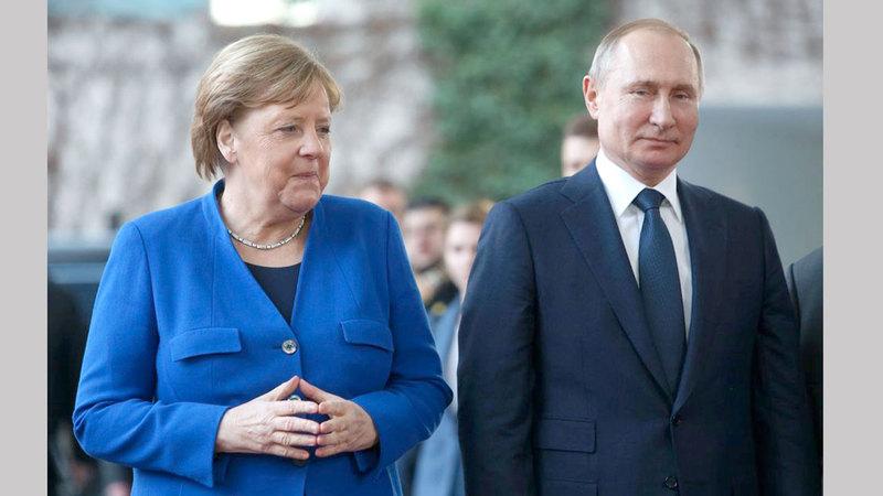 ميركل أجادت التعامل مع بوتين في أشد الظروف صعوبة. من المصدر