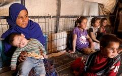 الصورة: «أنقذوا الأطفال» تحذر من مخاطر «كورونا» في شمال غرب سورية