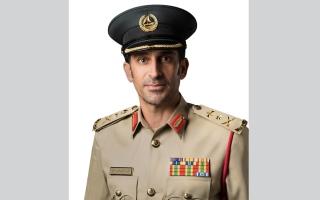 """الصورة: شرطة دبي تضبط مروجاً يبيع المخدرات عبر """"إنستغرام"""" مع خدمة التوصيل للعملاء"""
