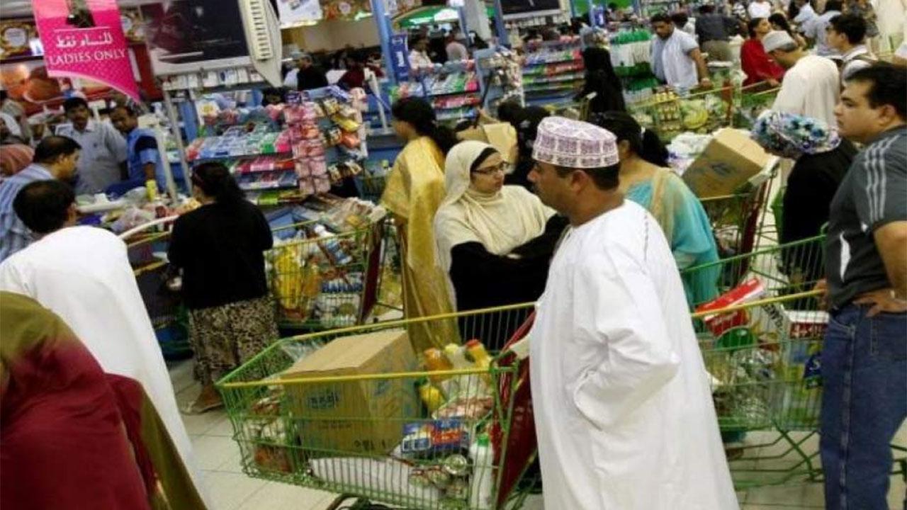 سلطنة عمان تعلن فتح المراكز التجارية اعتبارا من الغد - سياسة - أخبار -  الإمارات اليوم