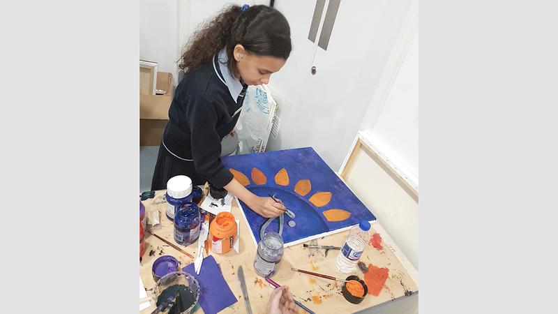 «التربية» تعمل على تطوير مهارات الطلبة. ■ أرشيفية