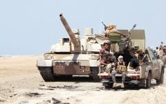 الصورة: تدمير مخزنين للأسلحة والطائرات المسيَّرة في حجة والحديدة