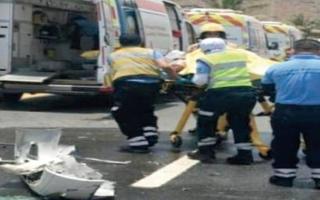 الصورة: إنقاذ سائق محشور بمركبة في خورفكان