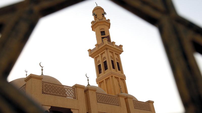 الانتهاء من خطة صيانة وتنظيف وتعقيم جميع مساجد دبي. أرشيفية