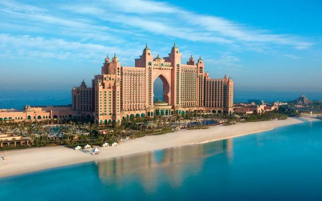 الصورة: «كيرني»: توقّعات بعودة «سياحة الأعمال» قريباً إلى دبي