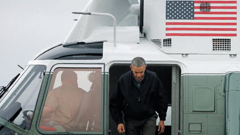 باراك أوباما عندما زار اليابان رفض الاعتذار عن هجوم هيروشيما النووي.  عن «الغارديان»