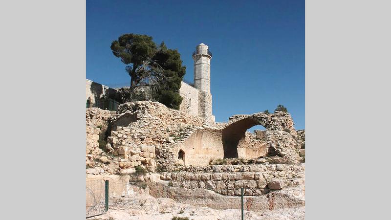 قرية النبي صموئيل تضم معالم أثرية تاريخية.   الإمارات اليوم