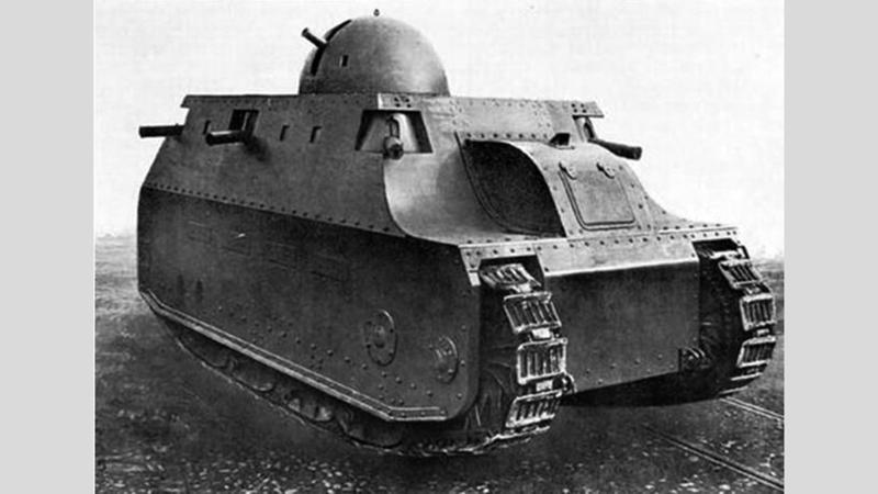 بعد مرور أكثر من 80 عاماً أعادت مجموعة من الإيطاليين بناء الدبابة إعراباً عن تقديرها لما تطلق عليه «معجزة هندسية».  أرشيفية