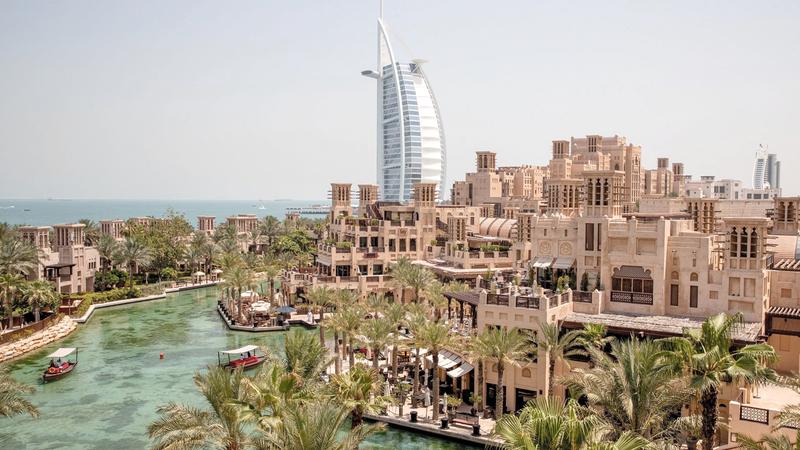 قطاع السياحة والضيافة في الدولة يمضي بخُطى ثابتة نحو مستقبل واعد.  أرشيفية