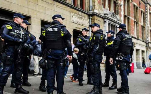 """الصورة: الشرطة الهولندية تعثرعلى غرفة تعذيب """"مرعبة"""" تستخدمتها العصابات"""